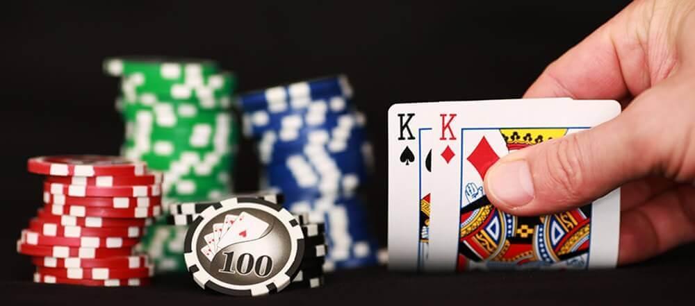 cartas y fichas para jugar al blackjack gratis